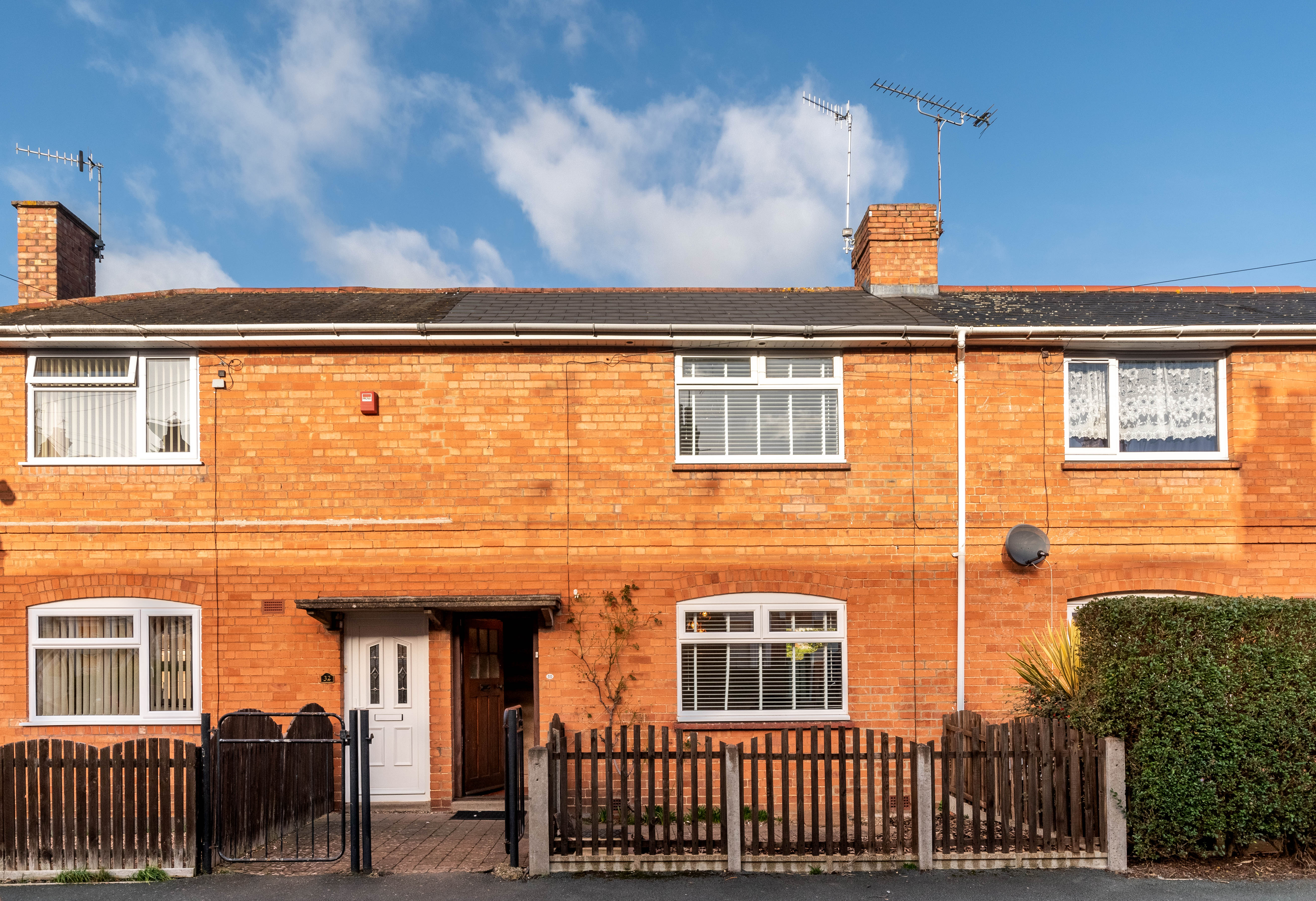 30 Rowley Hill Street, St Johns, Worcester, Worcestershire, WR2 5LJ